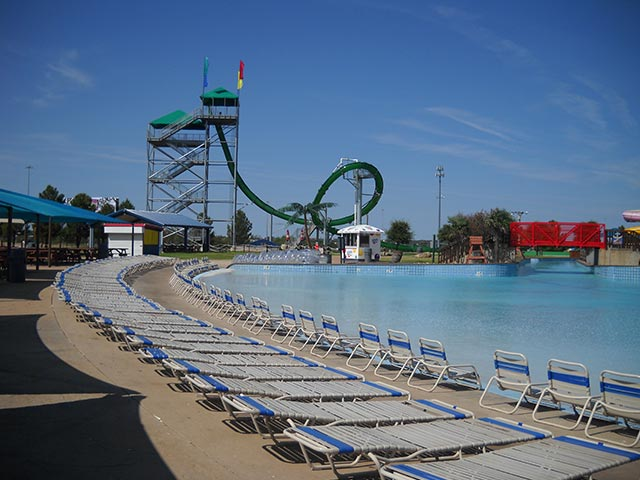 Wave Pool | Castaway Cove Water Park - Wichita Falls, TX