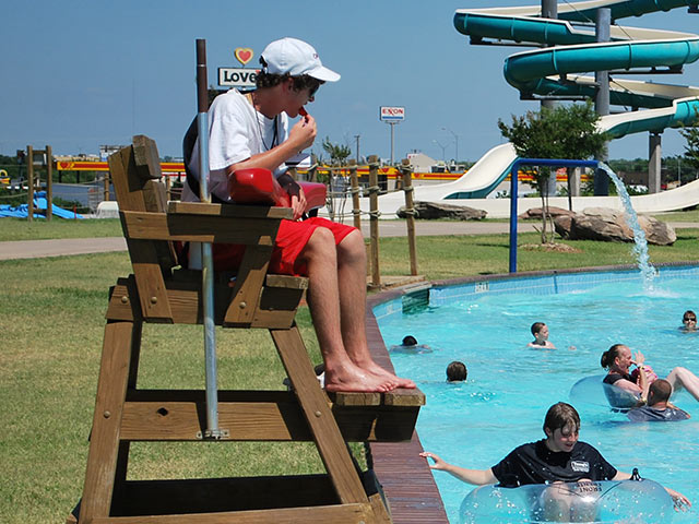 Employment | Castaway Cove Water Park - Wichita Falls, TX